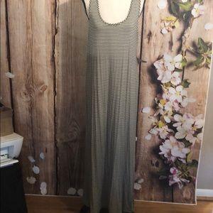 NWT Maxi Dress ( Casual)